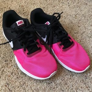 Nike girls new without tag size 7Y
